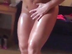MILF, Nudist